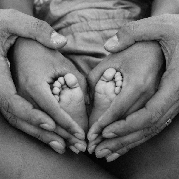 baby-birth-black-and-white-1912359